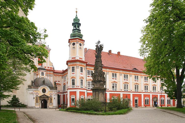 Ząbkowice Śląskie - Abbazia Cistercense di Henrykow