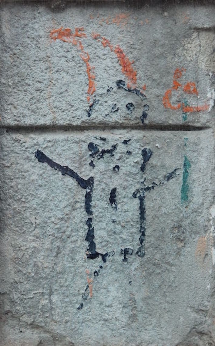 Graffito di Alternativa Arancione