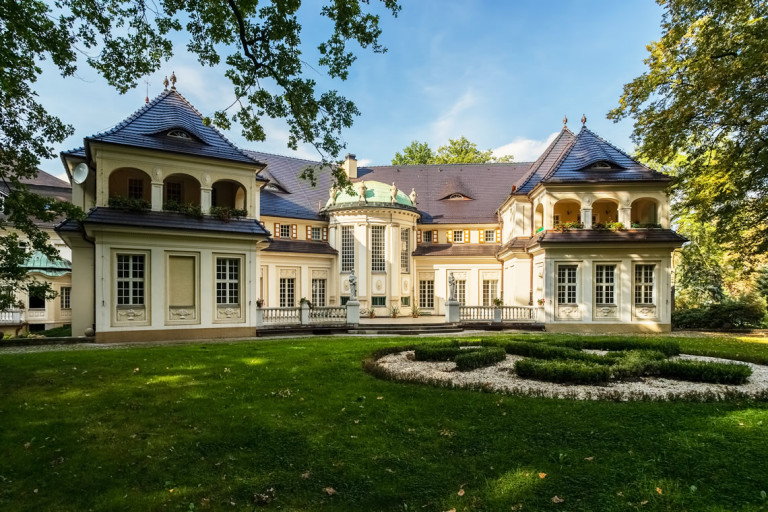 Oborniki Śląskie - Palazzo di Bagno